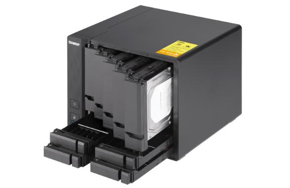 Thiết bị lưu trữ QNAP TS-932X-8G